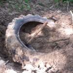 Muchos de los residuos estaban medio enterrados y costó una barbaridad el sacarlos por completo.