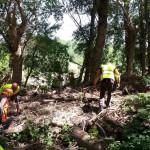Ya lo hemos aprendido: donde hay grande acúmulos de ramas, también hay cantidad de residuos retenidos.