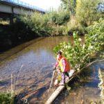 Donde el río nos lo pone difícil, pues nos arriesgamos un poco y nos lo llevamos todo!