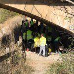 Los puentes suelen ser puntos especiales de acumulación de residuos...