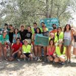 Integrantes de un campamento ambiental que se desarrollaba en la localidad dejándonos su mensaje.